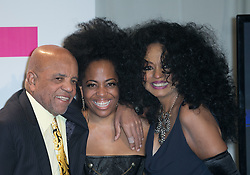 November 19, 2017 - Los Angeles, California, U.S - (L-R) Berry Gordy, Rhonda Ross Kendrick and Diana Ross pose in the Press Room of the 2017 American Music Awards held on Sunday, November 19, 2017 at the Microsoft Theatre in Los Angeles, California. (Credit Image: © Prensa Internacional via ZUMA Wire)