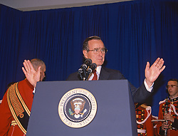United States President George H.W. Bush speaks to interns at the Library of Congress in Washington, D.C. on June 29, 1989.<br /> Credit: Arnie Sachs / CNP /ABACAPRESS.COM