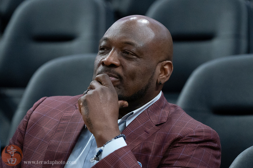 February 23, 2020; San Francisco, California, USA; Golden State Warriors great Mitch Richmond before the game against the New Orleans Pelicans at Chase Center.