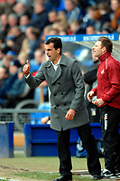 Photo: Paul Greenwood.<br />Tranmere Rovers v Swansea City. Coca Cola League 1. 10/03/2007.<br />Swansea manager Roberto Martinez urges his players on