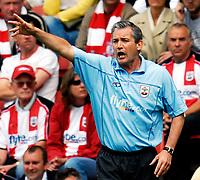 Photo: Alan Crowhurst.<br />Southampton v Southend United. Coca Cola Championship. 06/05/2007. Saints' manager George Burley.