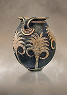 Minoan clay vase with floral design, Speial Palatial Tradition , Knossos Palace 1500-1450 BC BC, Heraklion Archaeological  Museum. .<br /> <br /> If you prefer to buy from our ALAMY PHOTO LIBRARY  Collection visit : https://www.alamy.com/portfolio/paul-williams-funkystock/minoan-art-artefacts.html . Type -   Heraklion   - into the LOWER SEARCH WITHIN GALLERY box. Refine search by adding background colour, place, museum etc<br /> <br /> Visit our MINOAN ART PHOTO COLLECTIONS for more photos to download  as wall art prints https://funkystock.photoshelter.com/gallery-collection/Ancient-Minoans-Art-Artefacts-Antiquities-Historic-Places-Pictures-Images-of/C0000ricT2SU_M9w