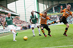 Hibernian's David Gray and Alloa Athletic's Steven Hetherington and Alloa Athletic's Colin Hamilton.<br /> Hibernian 3 v 0 Alloa Athletic, Scottish Championship game played 12/9/2015 at Easter Road.