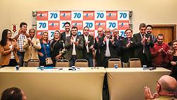 """PORTO ALEGRE, RS, BRASIL, 15-03-2018, 20h24'56"""":  O empresário Rubens Rebés e o advogado Tomaz Schuch são os novos dirigentes do AVANTE, no RS. A posse da direção estadual do partido contou com a presença do Deputado Federal e presidente nacional, Luís Tibê (MG), e ocorreu na noite de quinta-feira (15/3) no Hotel Intercity. AVANTE é um partido político brasileiro, fundado como Partido Trabalhista do Brasil (PTdoB) por dissidentes do Partido Trabalhista Brasileiro (PTB), em 1989. Seu número eleitoral é o 70. O novo nome, criado a partir do desejo das pessoas que lutam por um país que segue em frente, se aproxima ainda mais dos verdadeiros objetivos do partido, alicerçado ao longo de sua história e atrelado aos novos pilares: compromisso, prosperidade, humanidade, coletividade, diálogo, transparência e liberdade. (Foto: Gustavo Roth / Agência Preview) © 15MAR18 Agência Preview - Banco de Imagens"""