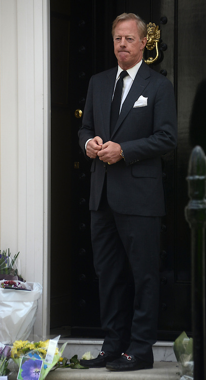 © Licensed to London News Pictures. 10/04/2013. London, UK. Mark Thatcher, son of former British Prime Minister Margaret Thatcher talks to the media outside her Chester square home London on 10 April 2013..Photo credit : Peter Kollanyi/LNP