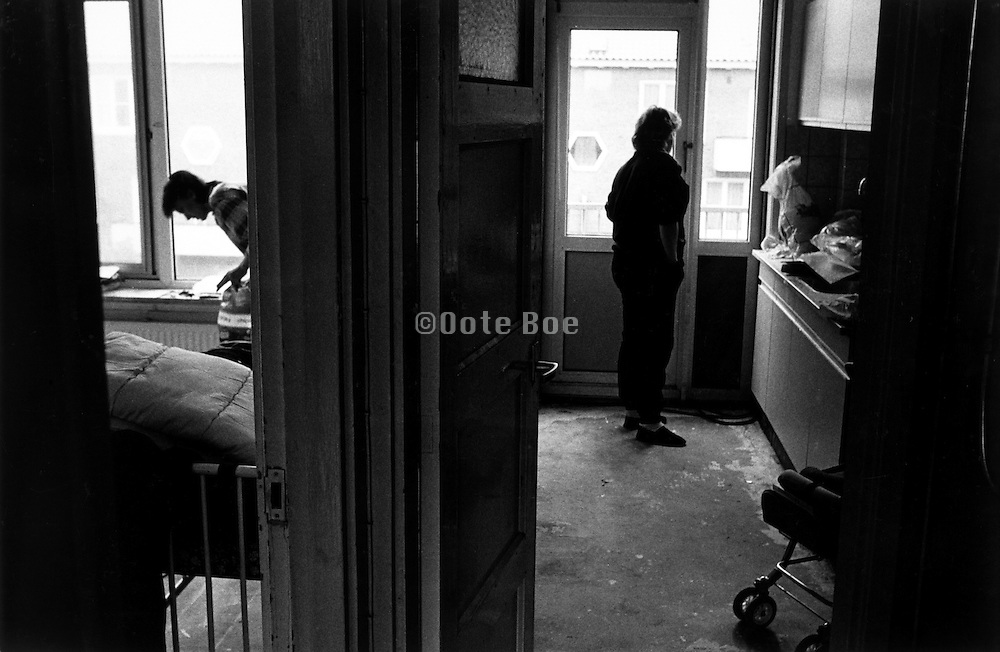teenage parents living in squalor, Amsterdam Bos en Lommer,1987