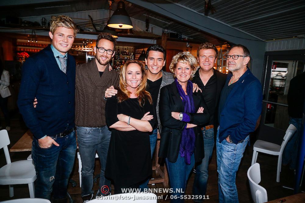 NLD/Muiden/20121212 - Persviewing De Beste Zangers van Nederland, Tim Douwsma, Charly Luske, Angela Groothuizen, Jan Smit, Simone Kleinsma, Bastiaan Ragas en Rob de Nijs