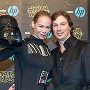 NLD/Amsterdam/20151215 - première van STAR WARS: The Force Awakens!, Nicolette Kluijver en partner Joost Staudt