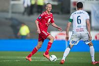 Fotball<br /> 29.05.2016<br /> Tippeligaen<br /> Brann Stadion<br /> Brann - Haugesund 1- 0 <br /> Kristoffer Barmen (L) , Brann<br /> Filip Kiss (R) , Haugesund<br /> Foto: Astrid M. Nordhaug