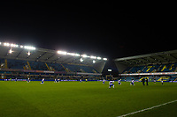Football - 2020 / 2021 Sky Bet Championship - Millwall vs Queens Park Rangers - The Den<br /> <br /> Queens Park Rangers players take the knee as Millwall players stand for Black Lives Matter.<br /> <br /> COLORSPORT/ASHLEY WESTERN