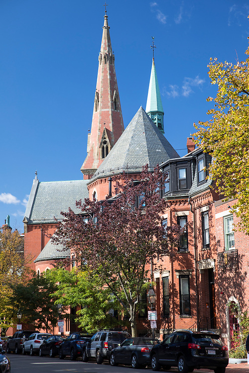 Street scene and Episcopal Anglican Church of The Advent at Brimmer Street in the historic district of Boston, USA