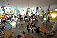 DEU, Deutschland, Germany, Berlin, 08.06.2011: <br />Restaurant für Abgeordnete im Paul-Löbe-Haus, Deutscher Bundestag.