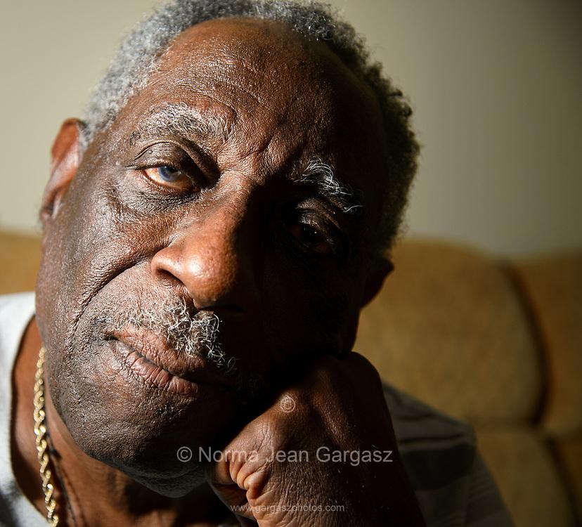 Otis, 81, Tucson, Arizona, USA.