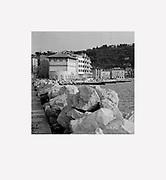 Digitalni print z retrospektivne razstave<br /> DAMJAN GALE - Arhitekt svetlobe<br /> Galerija Jakopič, 2017<br /> <br /> Digital print from the exhibition <br /> DAMJAN GALE - Architect of Light<br /> Jakopič Gallery, 2017<br /> <br /> avtor / author DAMJAN GALE<br /> velikost / size 47x51cm<br /> <br /> cena / price 350 eur