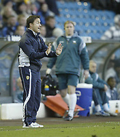 Photo: Aidan Ellis.<br /> Leeds United v Derby County. Coca Cola Championship. 09/12/2006.<br /> Leeds manager Dennis Wise shouts to his team