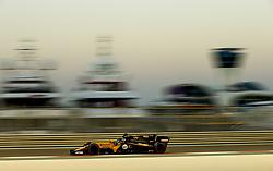 November 25, 2017 - Abu Dhabi, United Arab Emirates - Motorsports: FIA Formula One World Championship 2017, Grand Prix of Abu Dhabi, .#27 Nico Hulkenberg (GER, Renault Sport F1 Team) (Credit Image: © Hoch Zwei via ZUMA Wire)