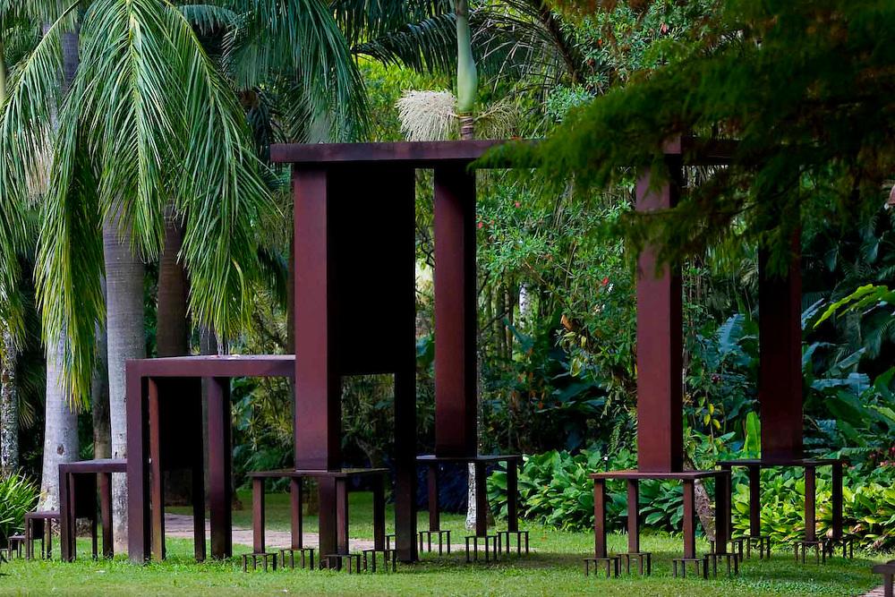 Brumadinho_MG, Brasil...Museu de Arte Contemporanea de Inhotim (CACI). Na Foto a obra Inmensa...Inhotim Contemporary Art Museum (CACI). In this photo the art Inmensa...Foto: JOAO MARCOS ROSA /  NITRO