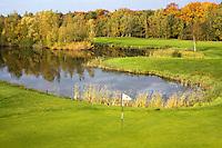 VELDHOVEN - Hole Yellow 9 .Golfbaan Gendersteyn Burggolf.  COPYRIGHT KOEN SUYK