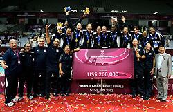 01-07-2012 VOLLEYBAL: WGP FINAL PRIJSUITREIKING: NINGBO<br /> USA WGP winnaar 2012<br /> ©2012-FotoHoogendoorn.nl
