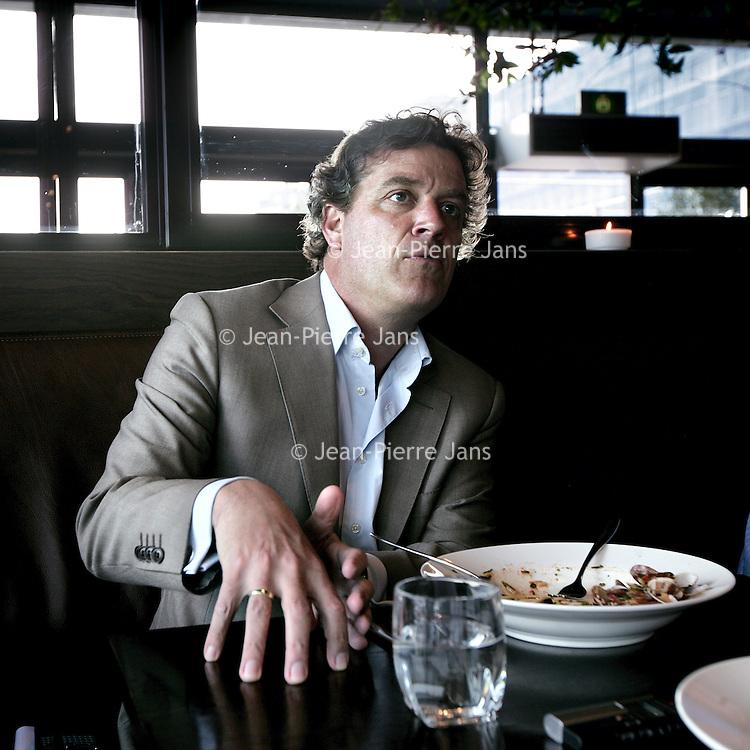 Nederland,Amsterdam ,29 april 2008..Eric van Stade, Bestuursvoorzitter SBS Broadcasting in restaurant Onassis..Chairman of the Board of SBS Broadcasting Eric van Stade.