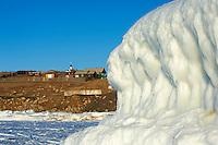 Russie, Siberie, Oblast d'Irkoutsk, lac Baikal, Maloe More ( petite mer), le lac gelé pendant l'hiver, ile d'Olkhon, Khoujir// Russia, Siberia, Irkutsk oblast, Baikal lake, Maloe More (little sea), frozen lake during winter, ile d'Olkhon, Khoujir