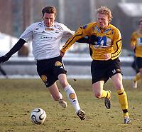 Fotball eliteserien 16.03.2006 Rosenborg - Start 2-0<br /> Frode Johnsen, RBK og Jon Midttun Lie, Start<br /> Foto: Carl-Erik Eriksson, Digitalsport