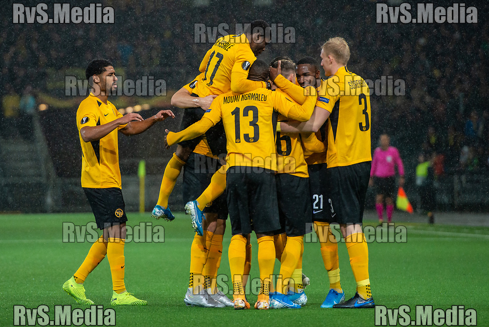 BERN, SWITZERLAND - NOVEMBER 28: #16 Christian Fassnacht of BSC Young Boys celebrates with his teammates after scoring a goal during the UEFA Europa League group G match between BSC Young Boys and FC Porto at Stade de Suisse, Wankdorf on November 28, 2019 in Bern, Switzerland. (Photo by Monika Majer/RvS.Media)