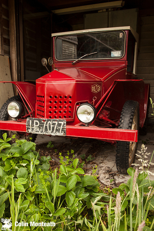 Duzgo, hand made car from West Coast New Zealand