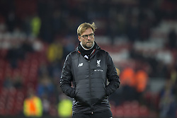 Halbfinale im Liga-Pokal Liverpool vs Leeds 1:0 in Liverpool / 291116<br /> <br /> ***LIVERPOOL, ENGLAND 29TH NOVEMBER 2016:<br /> Liverpool manager Jurgen Klopp watches the warm up before the English League Cup soccer match between Liverpool and Leeds at Anfield Stadium in Liverpool England November 29th 2016***