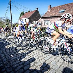 03-04-2016: Wielrennen: Ronde van Vlaanderen vrouwen: Oudenaarde  <br />OUDENAARDE (BEL) cycling  The sixth race in the UCI Womensworldtour is the ronde van Vlaanderen. A race over the famous Flemish climbs.<br />Lizzy Armitstead, Coryn Rivera