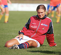 Ingrid Camilla Fosse Sæthre, U21K. Kvinnefotball: U21 kvinner 2000. Oppvarming på stadion i Sarpsborg, foran kampen mot Sverige. 9. september 2000. (Foto: Peter Tubaas/Fortuna Media)