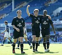 Fotball<br /> 07.08.2004<br /> Foto: SBI/Digitalsport<br /> NORWAY ONLY<br /> <br /> Everton v Real Sociedad<br /> Pre-Season Football Friendly, Goodison Park, Liverpool 07/08/2004.<br /> <br /> Everton's James McFadden (l) and Kevin Campbell (r) celebrate the equaliser scored by team-mate Kevin Kilbane (c).