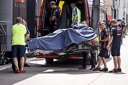 May 9, 2019 - Barcelona, Spain - Motorsports: FIA Formula One World Championship 2019, Grand Prix of Spain, ..Mechanic of Aston Martin Red Bull Racing  (Credit Image: © Hoch Zwei via ZUMA Wire)