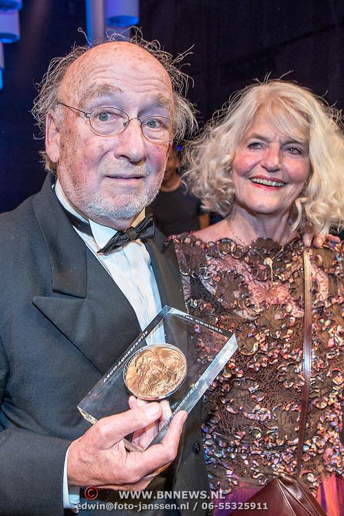 NLD/Amsterdam/20170917 - Gala van het Nederlands Theater 2017, Hans Croiset en partner Agaath Witteman