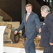 NLD/Soesterberg/20180424 - Koning opent tentoonstelling 'Willem',  Koning Willem Alexander