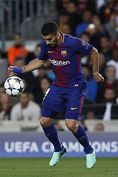 April 4, 2018 - Barcelona, Catalonia, Spain - April 4, 2018 - Barcelona, Spain - Uefa Champions League Quarter final first leg, FC Barcelona v AS Roma: Luis Suarez of FC Barcelona controls the ball. (Credit Image: © Marc Dominguez via ZUMA Wire)