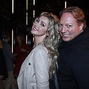 NLD/Zaandam/20131113 - Inloop premiere Nederland Musicalland, Brigitte Nijman en Mayday, Robin Blum