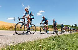 05.07.2017, Altheim, AUT, Ö-Tour, Österreich Radrundfahrt 2017, 3. Etappe von Wieselburg nach Altheim (226,2km), im Bild Johannes Schinnagel (GER, Team Felbermayr Simplon Wels), Markus Eibegger (AUT, Team Felbermayr Simplon Wels) // Johannes Schinnagel (GER, Team Felbermayr Simplon Wels), Markus Eibegger (AUT, Team Felbermayr Simplon Wels) during the 3rd stage from Wieselburg to Altheim (199,6km) of 2017 Tour of Austria. Altheim, Austria on 2017/07/05. EXPA Pictures © 2017, PhotoCredit: EXPA/ JFK