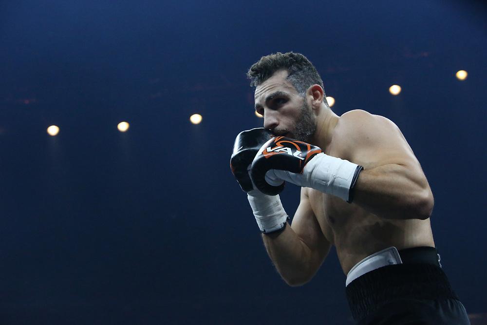 Boxen: World Boxing Super Series, Ali-Trophy,  Berlin, 09.09.2017<br /> Noel Gevor (GER) - Isiah Thomas (USA)<br /> © Torsten Helmke