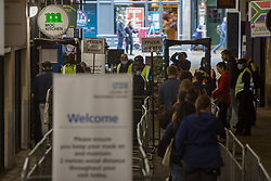 © Licensed to London News Pictures.  08/08/2021. London, UK. Public queue outside  the nightclub Heaven in central London which host vaccination centre. Visitors will be able to get their first dose of Pfizer. Also, there will also be small numbers of AstraZeneca doses available for those due their second jab.  Photo credit: Marcin Nowak/LNP