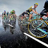Nederland, Brouwersdam, 05-07-2015.<br /> Wielrennen, Tour de France.<br /> Etappe van Utrecht naar Neeltje Jans.<br /> Robert Gesink van de Lotto-Jumbo ploeg in de tweede groep op de Brouwersdam.<br /> Foto: Klaas Jan van der Weij