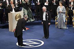 Nobelpreisverleihung 2016 in der Konzerthalle in Stockholm / 101216 ***Yoshinori Ohsumi, The Nobel Prize in Physiology or Medicine 2016, king Carl XVI Gustaf, Kˆnigin  Silvia <br />  ***The annual Nobel Prize Award Ceremony at The Concert Hall in Stockholm, December 10th, 2016***