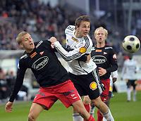 Fotball tippeligaen 12.04.08 Rosenborg ( RBK ) - Fredikstad,<br /> Vadim Demidov RBK og Gardar Johansson Fredrikstad,<br /> Foto: Carl-Erik Eriksson, Digitalsport