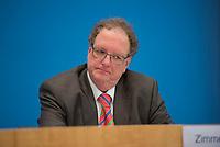 DEU, Deutschland, Germany, Berlin, 11.11.2020: Olaf Zimmermann, Geschäftsführer des Deutschen Kulturrates, in der Bundespressekonferenz zur Vorstellung gemeinsamer Forderungen an die Bundesregierung zur Rettung der Innenstädte.