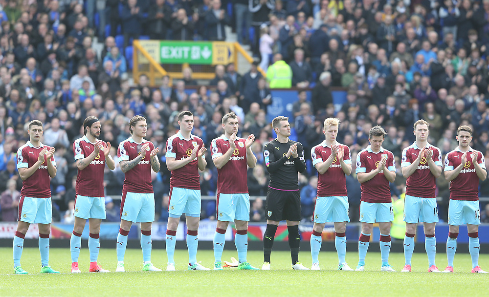 Burnley players participate in the one minutes applause commemorating the 28th anniversary of the Hillsborough disaster<br /> <br /> Photographer Stephen White/CameraSport<br /> <br /> The Premier League - Everton v Burnley  - Saturday 15th April 2017 - Goodison Park - Liverpool<br /> <br /> World Copyright © 2017 CameraSport. All rights reserved. 43 Linden Ave. Countesthorpe. Leicester. England. LE8 5PG - Tel: +44 (0) 116 277 4147 - admin@camerasport.com - www.camerasport.com