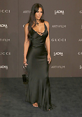 Super Slim Kim Kardashian - 9 Nov 2018