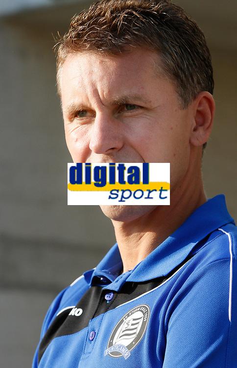 GRAZ,AUSTRIA,05.AUG.11 - FUSSBALL - OEFB Samsung Cup, SK Sturm Graz Amateure vs LASK Linz.  Bild zeigt Trainer Dietmar Pegam (Sturm Amateure).<br /> Norway only