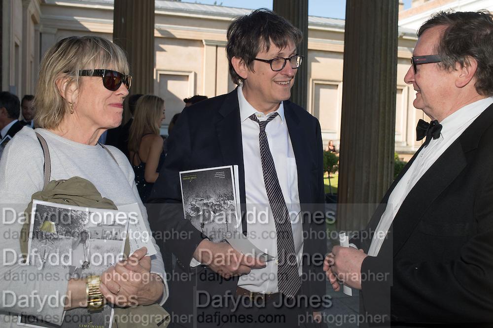 LINDSAY MACKIE; ALAN RUSBRIDGER; BRUCE PALLING, Opening of Grange Park Opera, Fiddler on the Roof, Grange Park Opera, Bishop's Sutton, <br /> Alresford, 4 June 2015