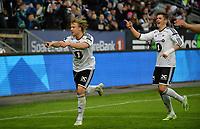 Fotball Tippeligaen Rosenborg - Aalesund<br /> 6 april 2015<br /> Lerkendal Stadion, Trondheim<br /> <br /> <br /> Alexander Søderlund (V) har scoret 4-0 for Rosenborg og jubler. Pål Andre Helland til høyre<br /> <br /> <br /> <br /> Foto : Arve Johnsen, Digitalsport