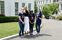 Ivanka Trump poses with students in front of the West Wing at the White House, on July 20, 2017 in Washington, DC. Photo by Olivier Douliery/ Abaca